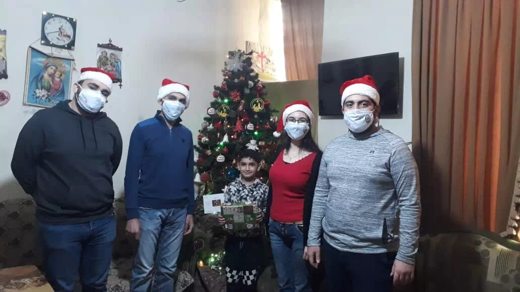 https://eundemia.sirv.com/Images/christmas/456806.webp
