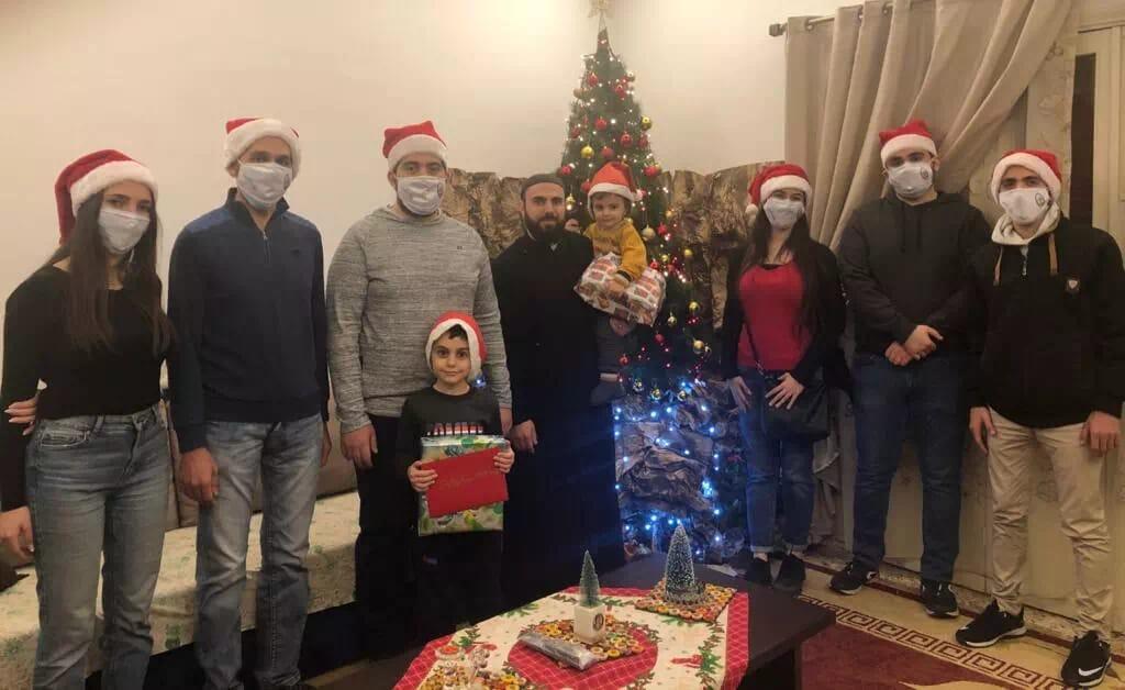 https://eundemia.sirv.com/Images/christmas/456808.webp