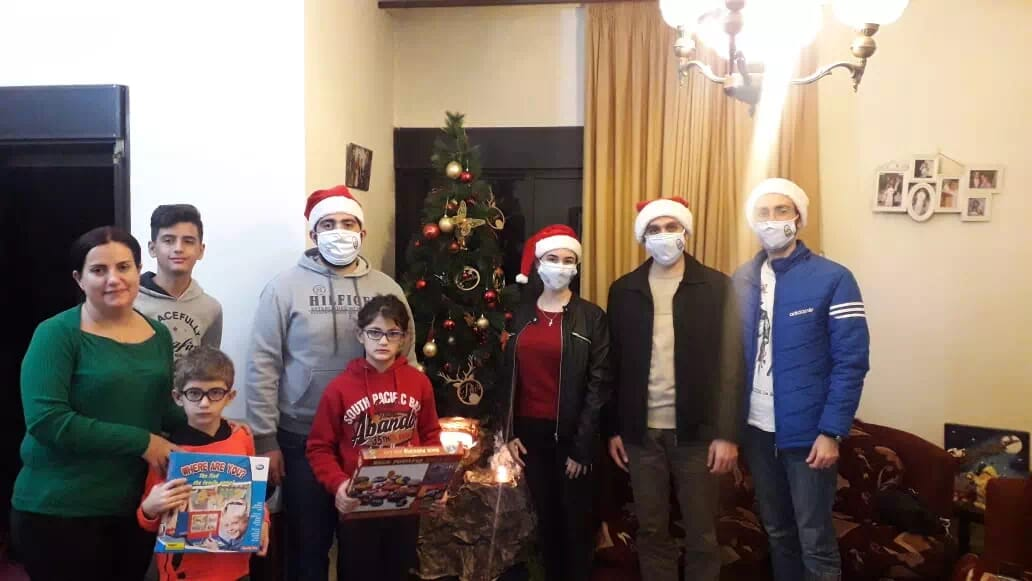 https://eundemia.sirv.com/Images/christmas/456812.webp