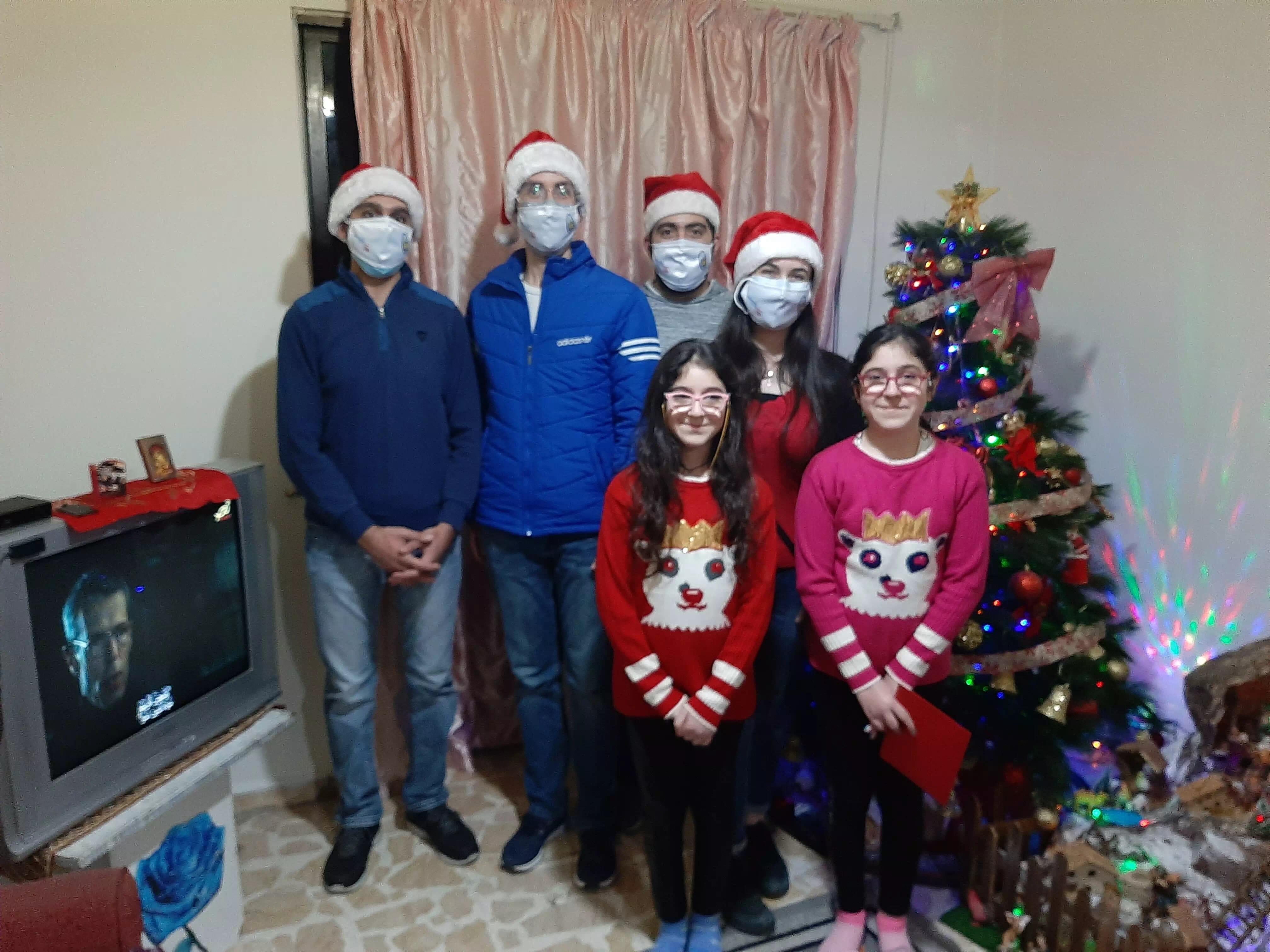 https://eundemia.sirv.com/Images/christmas/456818.webp