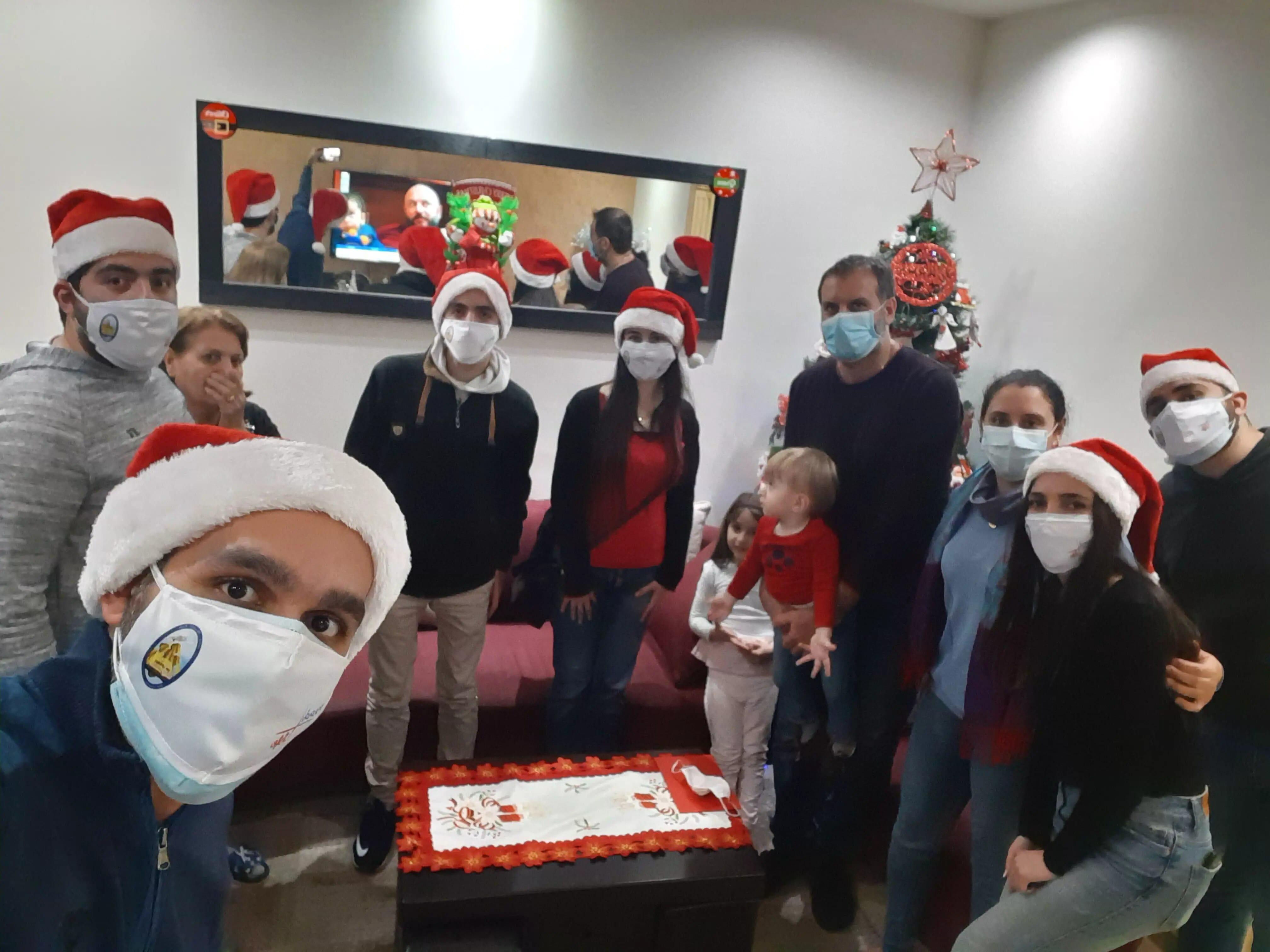 https://eundemia.sirv.com/Images/christmas/456834.webp