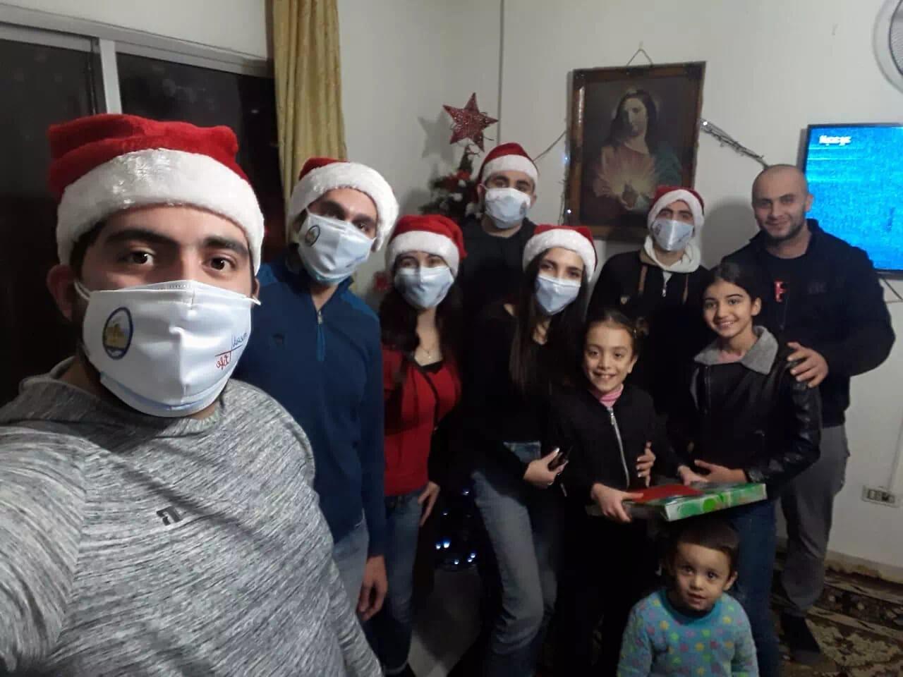 https://eundemia.sirv.com/Images/christmas/456840.webp