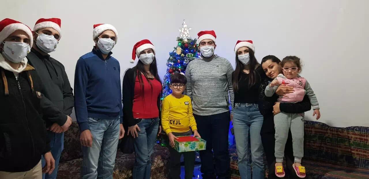 https://eundemia.sirv.com/Images/christmas/456842.webp
