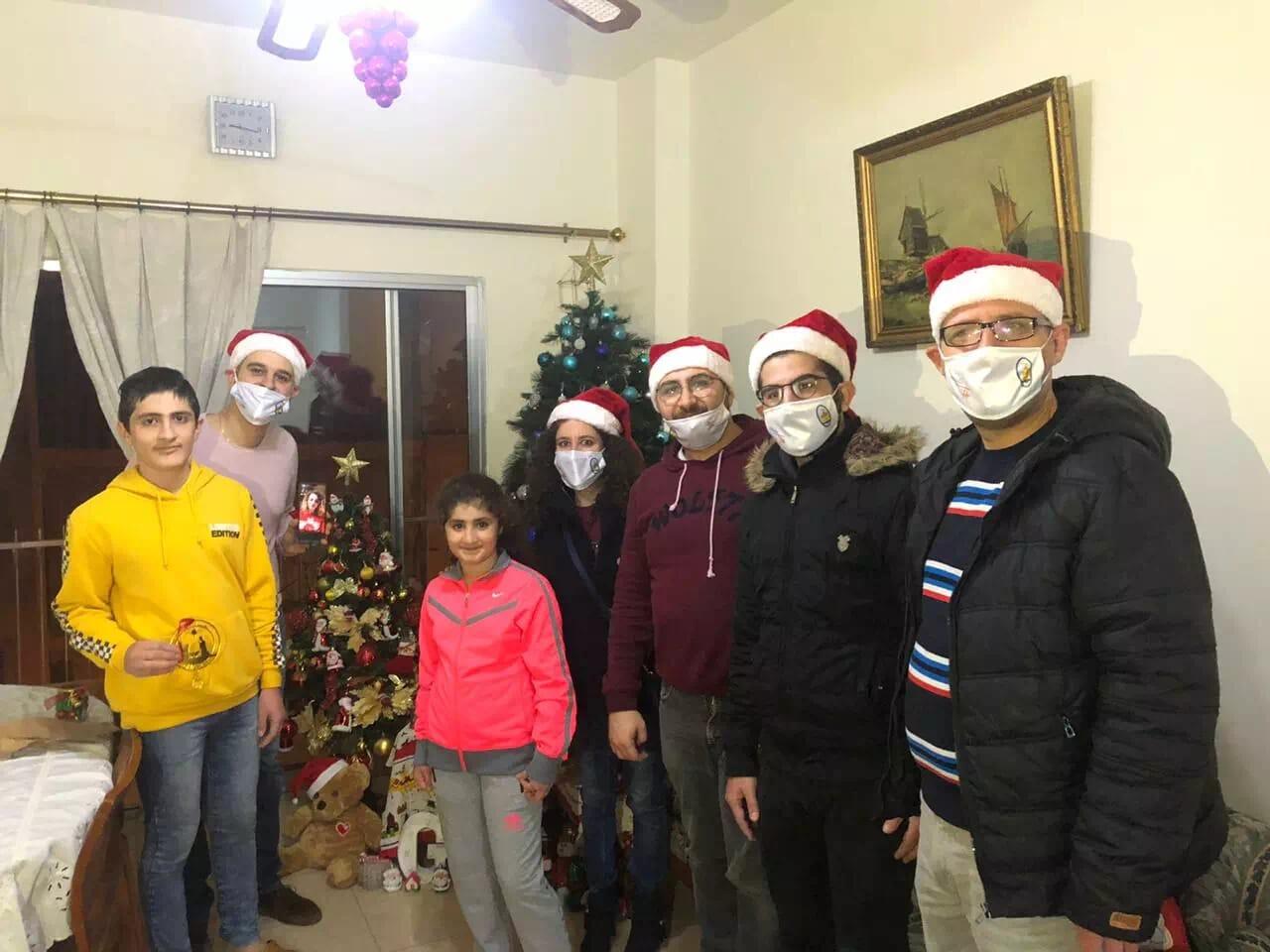 https://eundemia.sirv.com/Images/christmas/456912.webp