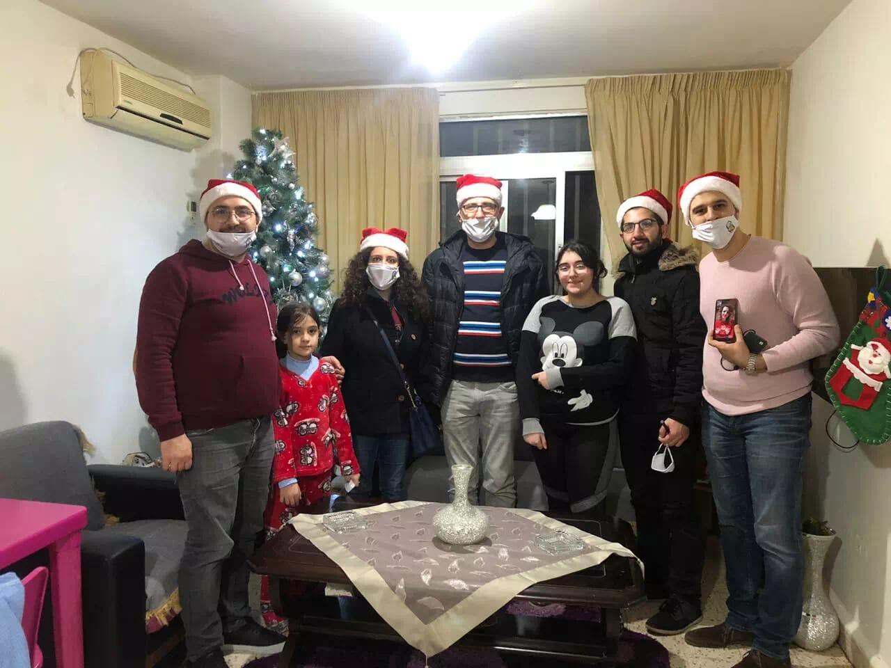https://eundemia.sirv.com/Images/christmas/456924.webp