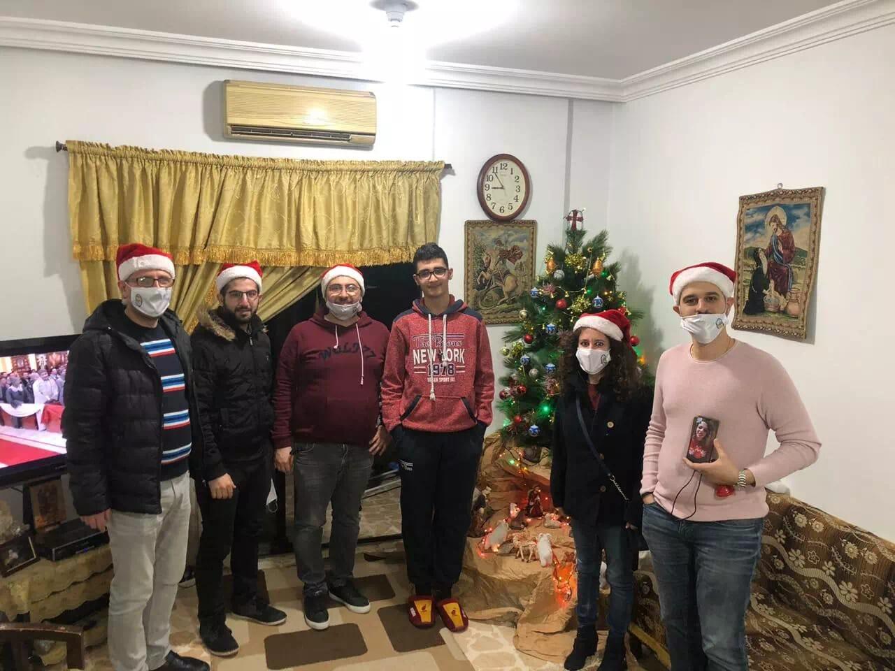 https://eundemia.sirv.com/Images/christmas/456932.webp